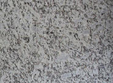Granit gestrahlt blaugrau